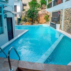Отель Villa Baywatch Rumassala Шри-Ланка, Унаватуна - отзывы, цены и фото номеров - забронировать отель Villa Baywatch Rumassala онлайн бассейн фото 3