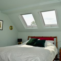 Отель Spacious 3 Bedroom House in Didsbury Manchester комната для гостей
