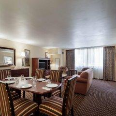 Отель Arlington Court Suites Hotel США, Арлингтон - отзывы, цены и фото номеров - забронировать отель Arlington Court Suites Hotel онлайн помещение для мероприятий фото 2