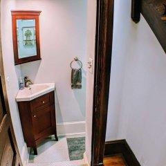 Отель 140 12th ST SE House 3 Bedrooms 2.5 Bathrooms Apts США, Вашингтон - отзывы, цены и фото номеров - забронировать отель 140 12th ST SE House 3 Bedrooms 2.5 Bathrooms Apts онлайн сейф в номере