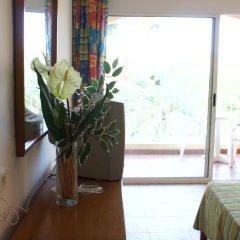 Hotel Playasol Cala Tarida интерьер отеля фото 2