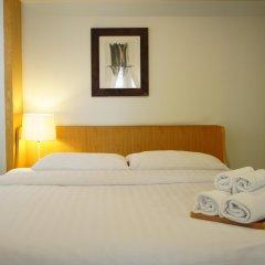 Отель Ratchadamnoen Residence комната для гостей фото 2
