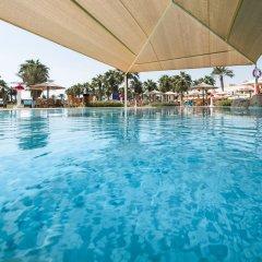 Отель Sealine Beach - a Murwab Resort Катар, Месайед - отзывы, цены и фото номеров - забронировать отель Sealine Beach - a Murwab Resort онлайн бассейн