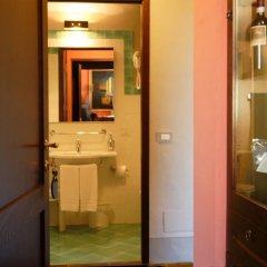 Отель Locanda Viani Италия, Сан-Джиминьяно - отзывы, цены и фото номеров - забронировать отель Locanda Viani онлайн ванная