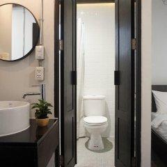 Отель Tim House Таиланд, Бангкок - отзывы, цены и фото номеров - забронировать отель Tim House онлайн ванная