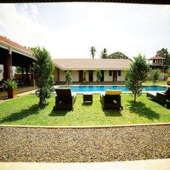 Отель Lespri Grand бассейн фото 2