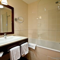 Отель Golden Tulip Warsaw Centre ванная