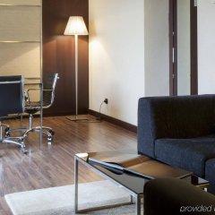 Отель AC Hotel Ciudad de Sevilla by Marriott Испания, Севилья - отзывы, цены и фото номеров - забронировать отель AC Hotel Ciudad de Sevilla by Marriott онлайн комната для гостей фото 4