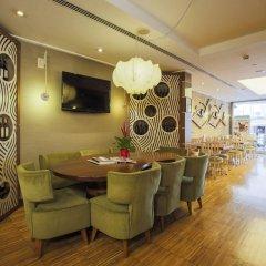 Апартаменты Housez Suites and Apartments - Special Class гостиничный бар