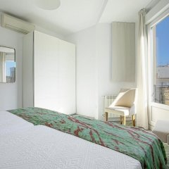Отель The Best Location!!. 8pax. 3BD & 2bth. Reina Sofia II Испания, Мадрид - отзывы, цены и фото номеров - забронировать отель The Best Location!!. 8pax. 3BD & 2bth. Reina Sofia II онлайн комната для гостей фото 5