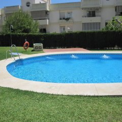Отель Fan Flat Torremolinos Торремолинос бассейн фото 2