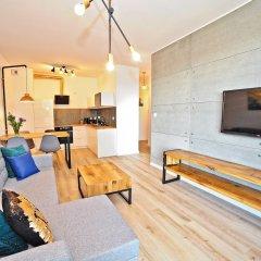 Апартаменты Grand Apartments - Bastion Wałowa Гданьск комната для гостей фото 3