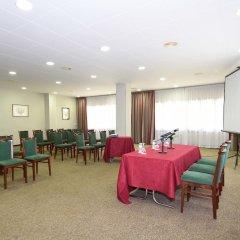 Отель RVHotels Tuca Испания, Вьельа Э Михаран - отзывы, цены и фото номеров - забронировать отель RVHotels Tuca онлайн помещение для мероприятий фото 2