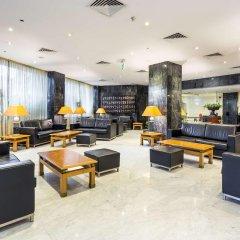 Отель Radisson Blu Hotel Португалия, Лиссабон - 10 отзывов об отеле, цены и фото номеров - забронировать отель Radisson Blu Hotel онлайн интерьер отеля фото 3