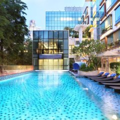 Отель Park Regis Singapore бассейн фото 2
