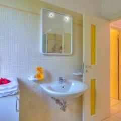 Отель Villaggio Riva Musone Италия, Порто Реканати - отзывы, цены и фото номеров - забронировать отель Villaggio Riva Musone онлайн ванная