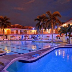Hotel La Luna бассейн