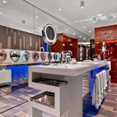 Отель W London Leicester Square гостиничный бар фото 2