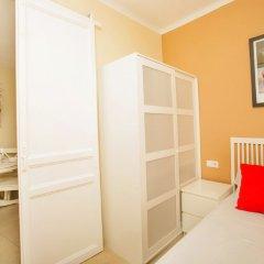 Отель Eixample Esquerre комната для гостей фото 2