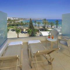 Nelia Beach Hotel балкон