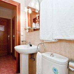 Отель Hostal Oporto Испания, Мадрид - 2 отзыва об отеле, цены и фото номеров - забронировать отель Hostal Oporto онлайн ванная фото 2