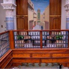 Отель Riad Adarissa Марокко, Фес - отзывы, цены и фото номеров - забронировать отель Riad Adarissa онлайн гостиничный бар