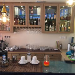 Отель Anastazia Luxury Suites & Rooms гостиничный бар