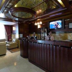 Отель Tulip Inn Sharjah Hotel Apartments ОАЭ, Шарджа - отзывы, цены и фото номеров - забронировать отель Tulip Inn Sharjah Hotel Apartments онлайн гостиничный бар