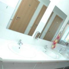 Гостиница Yellow House Hostel Украина, Львов - 3 отзыва об отеле, цены и фото номеров - забронировать гостиницу Yellow House Hostel онлайн ванная фото 2