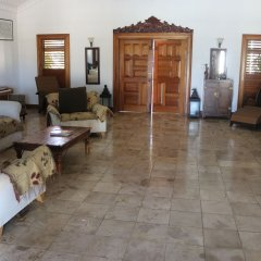 Отель Mohagany House развлечения