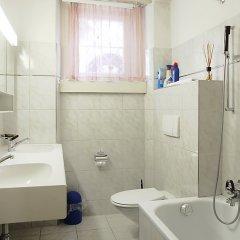 Отель Haus Altein Apartment Nr. 4 - Three Bedroom Швейцария, Давос - отзывы, цены и фото номеров - забронировать отель Haus Altein Apartment Nr. 4 - Three Bedroom онлайн ванная
