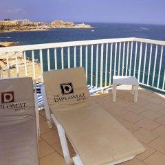 Отель The Diplomat Hotel Мальта, Слима - 9 отзывов об отеле, цены и фото номеров - забронировать отель The Diplomat Hotel онлайн балкон