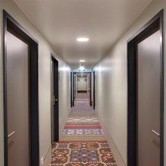 Отель MEININGER Hotel Wien Downtown Franz Австрия, Вена - 5 отзывов об отеле, цены и фото номеров - забронировать отель MEININGER Hotel Wien Downtown Franz онлайн интерьер отеля фото 2