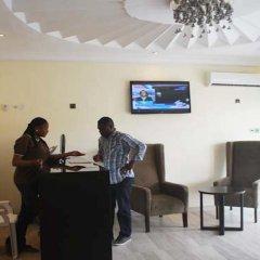 Отель Lakeem Suites Adebola интерьер отеля