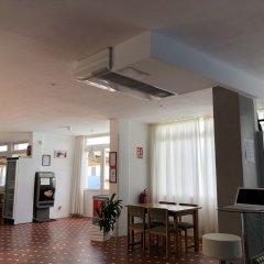 Отель VORAMAR Испания, Кала-эн-Форкат - отзывы, цены и фото номеров - забронировать отель VORAMAR онлайн гостиничный бар