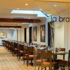 Отель Crowne Plaza Toronto Airport Канада, Торонто - отзывы, цены и фото номеров - забронировать отель Crowne Plaza Toronto Airport онлайн питание