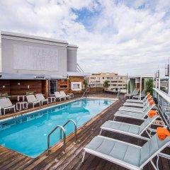 Отель Zena США, Вашингтон - отзывы, цены и фото номеров - забронировать отель Zena онлайн бассейн