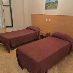 Отель Pensión Santa Fe Испания, Фуэнхирола - отзывы, цены и фото номеров - забронировать отель Pensión Santa Fe онлайн