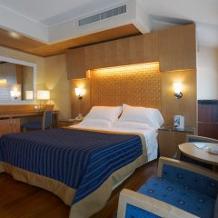 Отель Nh Collection Marina Генуя сейф в номере