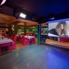 Ascot Hotel Дубай развлечения