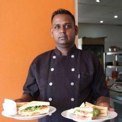 Отель Bamboo Backpackers Фиджи, Вити-Леву - отзывы, цены и фото номеров - забронировать отель Bamboo Backpackers онлайн питание фото 3