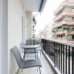 Отель UPSTREET Charming & Comfy 2BD Apt-Acropolis Афины балкон