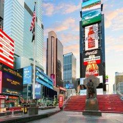 Отель Crowne Plaza Times Square Manhattan США, Нью-Йорк - отзывы, цены и фото номеров - забронировать отель Crowne Plaza Times Square Manhattan онлайн городской автобус