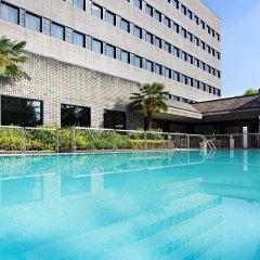 Отель Novotel Milano Nord Ca Granda бассейн