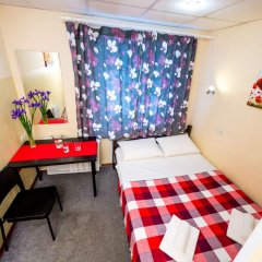 Гостиница «Че» в Москве 7 отзывов об отеле, цены и фото номеров - забронировать гостиницу «Че» онлайн Москва комната для гостей фото 2