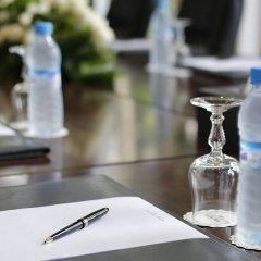 Отель Hôtel la Tour Hassan Palace Марокко, Рабат - отзывы, цены и фото номеров - забронировать отель Hôtel la Tour Hassan Palace онлайн бассейн фото 2