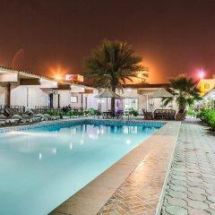 Отель Marhaba Hotel and Resort ОАЭ, Шарджа - отзывы, цены и фото номеров - забронировать отель Marhaba Hotel and Resort онлайн бассейн фото 2