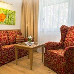Отель HUBERTUSHOF Аниф комната для гостей фото 2