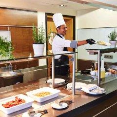 Отель Steigenberger Hotel Koln Германия, Кёльн - 1 отзыв об отеле, цены и фото номеров - забронировать отель Steigenberger Hotel Koln онлайн питание фото 2