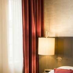Отель The Rosa Grand Milano - Starhotels Collezione удобства в номере фото 2